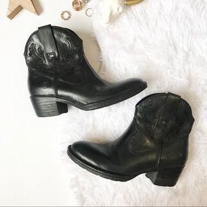 Born | Riven boots